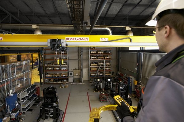 Overhead crane protected areas