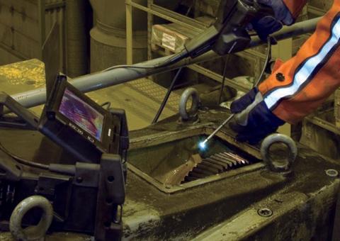 Gear case inspection