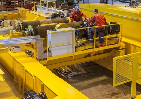 Konecranes technician work on crane modernization