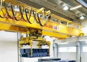 Crane Automation for the Automotive Industry hero