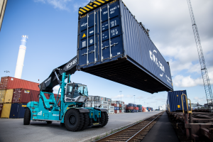 Konecranes reach stacker in port