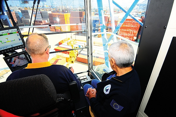 Technical and Operator Training | Konecranes